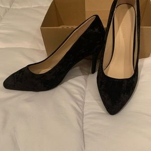 Black Pointed-Toe Heels | Size 9 EEE